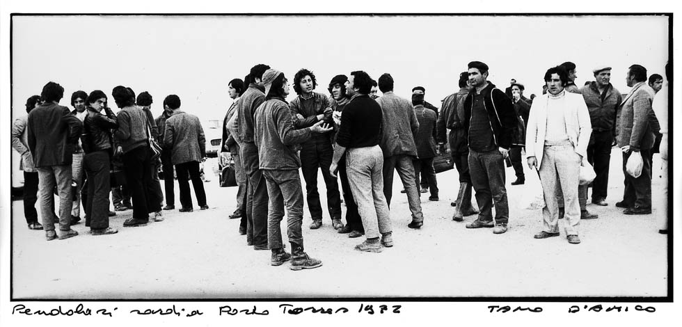 Porto-Torres-1972-pendolari.jpg